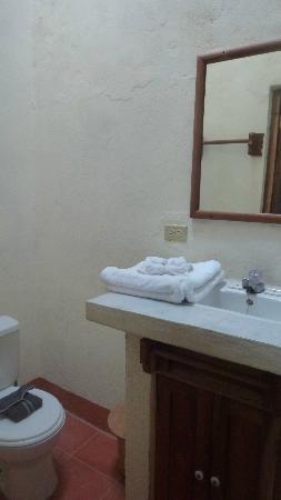 Hotel Casa Barcelona: salle de bain