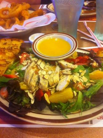 Denny's: salad