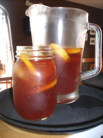 Primitive Cuisine: Sweet Tea, traditional southern brewed iced tea!