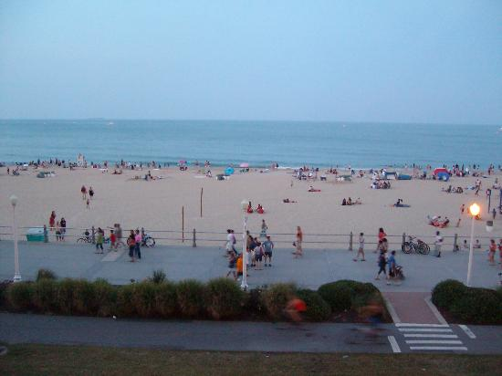Hampton Inn Virginia Beach-Oceanfront South: a view from the hotel balcony