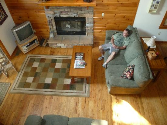 Dogwood Cabins at Trillium Cove: View of living room from loft area