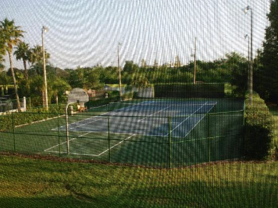 Orlando's Sunshine Resort: Tennis Courts
