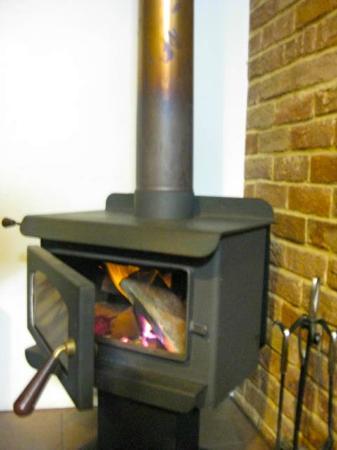 Margaret River Hideaway & Farmstay: Fire place