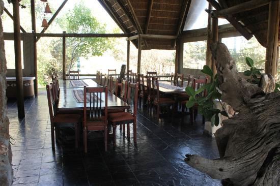Muchenje Safari Lodge: Dining Area