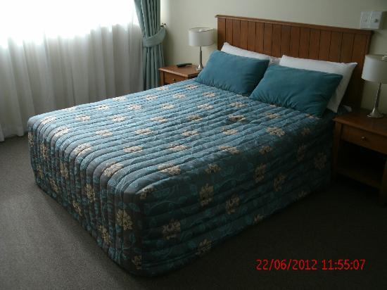 Beachcomber International Resort: Master Bedroom