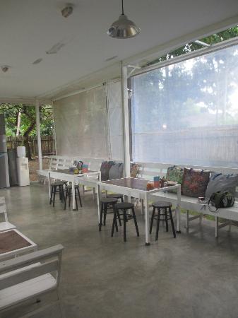 Glur Hostel: common area
