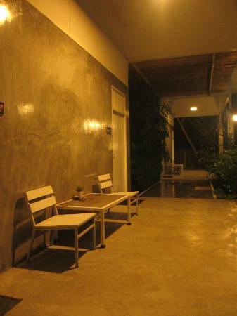 Glur Hostel: corridor