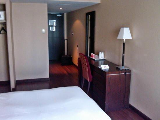 Hotel De Berny : Room 304
