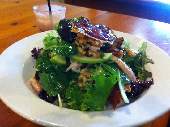 Wattle Cafe: Smoked chicken salad deliciousness