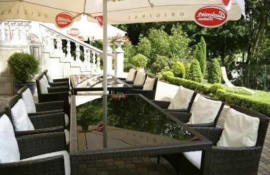 Hotel Panorama : Завтрак на терасе отеля Панорама