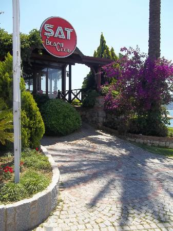 Hotel Pelin: Sat entrance