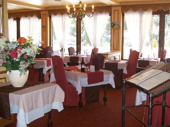 Grand Hotel de la Reine Amelie: Restaurant