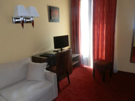 Hotel Capitole: Bedroom