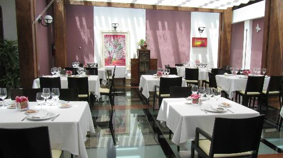 La Torreta Restaurant With The Eye Catching Glass Floor