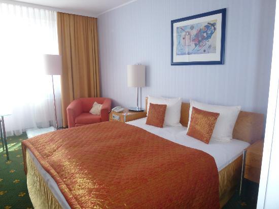 Best Western Alexa Hotel: Zimmer