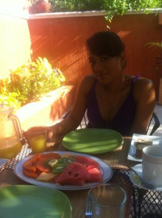 Casa Tía Micha: letty having an awesome breakfast!