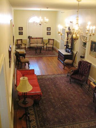 Hale Springs Inn: 2nd Floor Hall