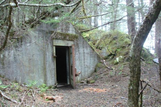 an old bunker at fort mcgilvray adventure sixty north day trips. Black Bedroom Furniture Sets. Home Design Ideas