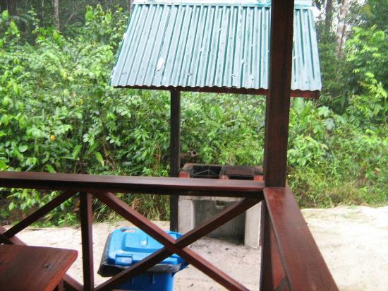 Cola Creek Accomodations, Zanderij, Suriname