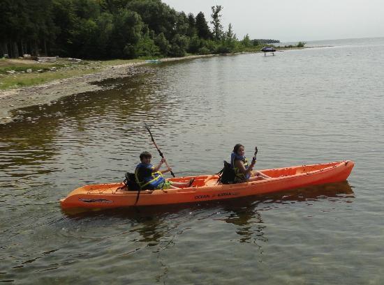 ذا شالوز ريزورت: Kayak Club 