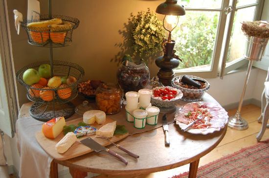 La Reserve: Part of the extensive breakfast
