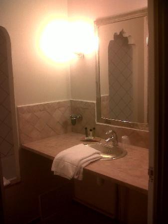 P'tit Dej-Hotel: salle de bains