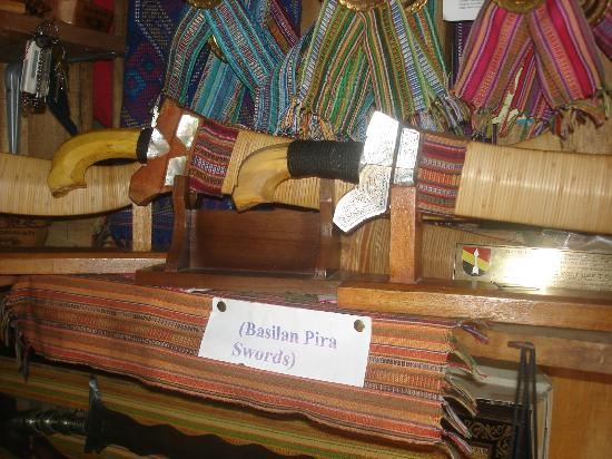 Zamboanga City, Philippines: Traditional Swords