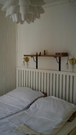 Skuteviken Guesthouse: bedroom