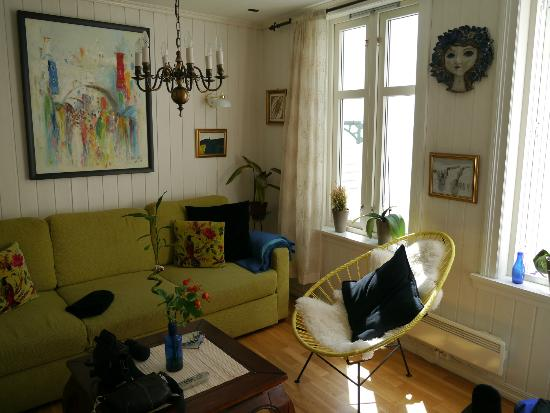 Skuteviken Guesthouse: great living room