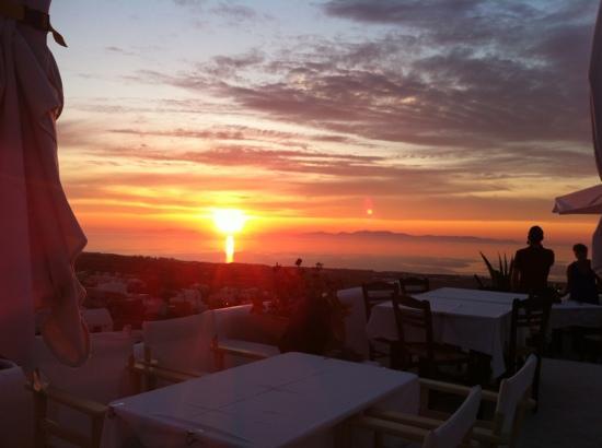 Finikia Restaurant : Ηλιοβασίλεμα
