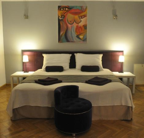 Anton Hostel : TRiple room