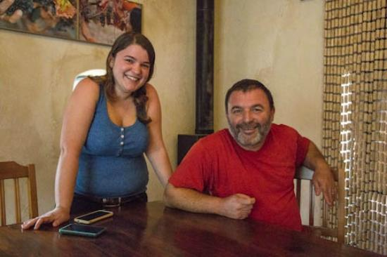 Smadar-Inn: Our host and his daughter