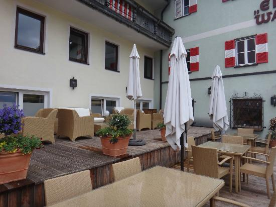 zum Lamm outdoor seating area
