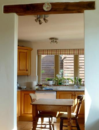 Little Gidding Bed and Breakfast: Just a glimpse of the pretty kitchen