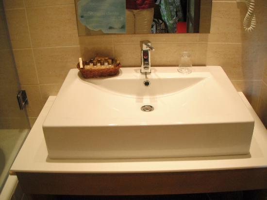 Vincci Helios Beach: salle de bain