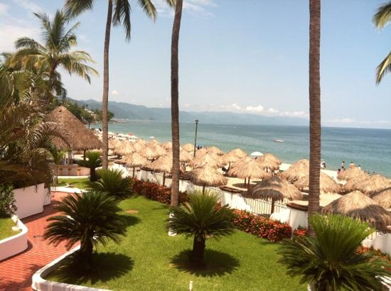 Tropicana Hotel: the hotels private beach area
