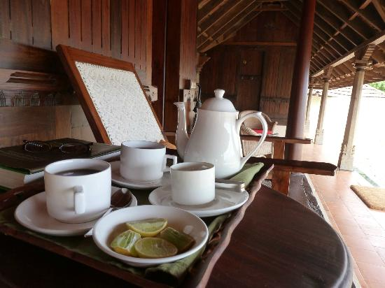 Paradisa Plantation Retreat: More tea sir?!