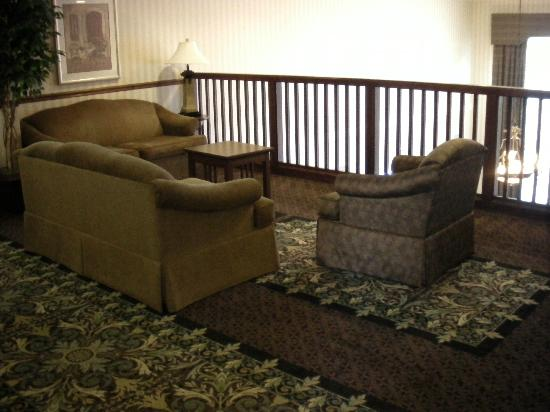 Staybridge Suites near Hamilton Place: lounge area outside of our door
