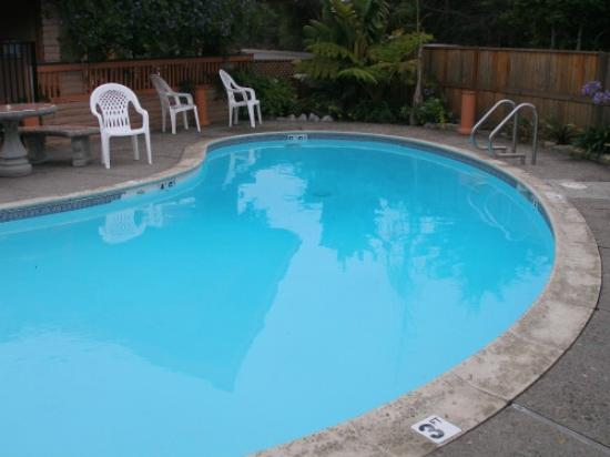 Pool bei der Americas Best Value Stage Coach Lodge