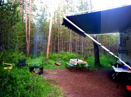 Bend-Sunriver RV Campground: lots of green & privacy
