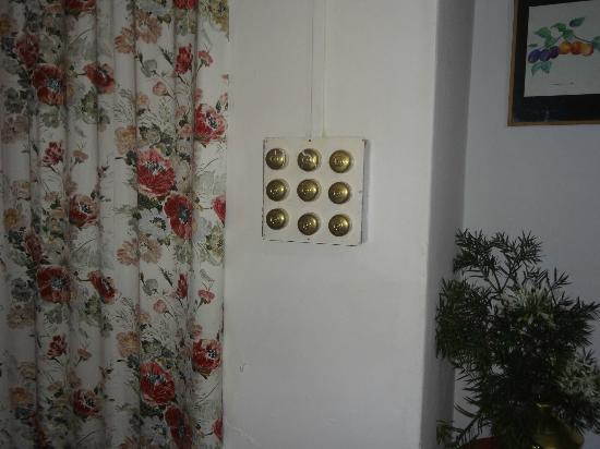 YWCA Anandagiri Holiday Home: Switchboard in dining room