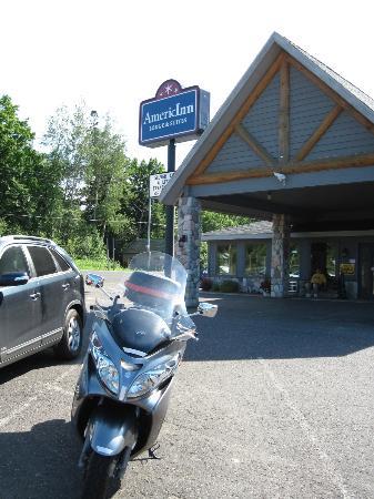 AmericInn Lodge & Suites Silver City: Entrance