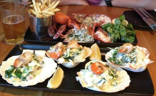 Loch Fyne - Cowbridge: Lobster Frites & Seared King Scallops in the Shell