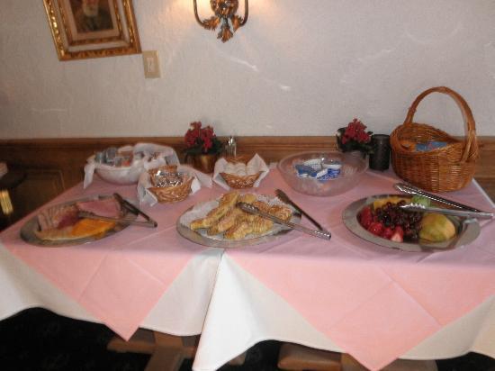 هوتل غاستهوف جرامشامر: Our breakfast
