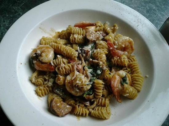 Subeez Cafe: Raddiatore w/ prawns and chorizo