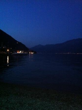 Trattoria San Martino Tre Oche: atmosfera notturna