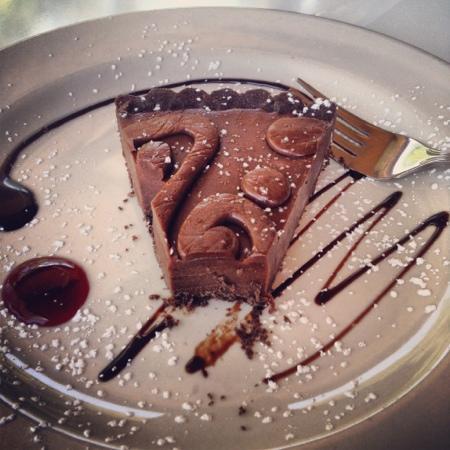 Cafe des Artistes: chocolate Tort