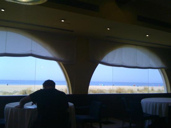 Hotel Playafels: Breakfast in front of the sea