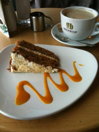 The Bay Cafe: coffee and carrot cake