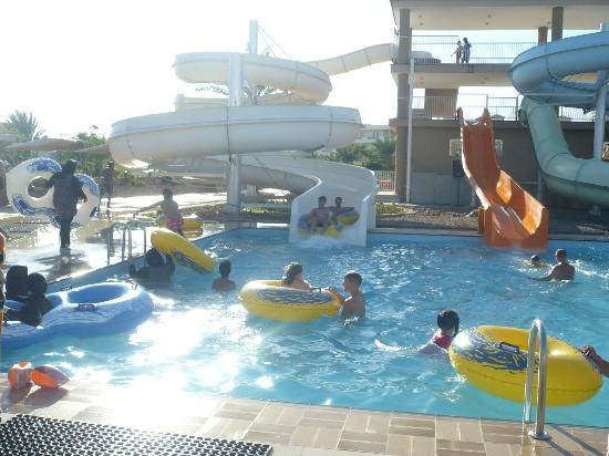 Desert Rose Resort: the aqua park